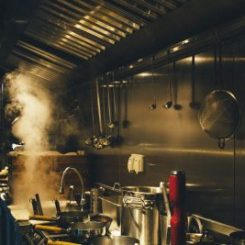Riebalų skirtuvas. Kaip išvengti nemalonių kvapų?